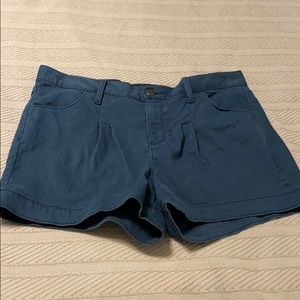Gap Pleated Blue Shorts